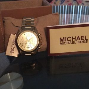 MICHAEL Kors Women's Chronograph watch with Box
